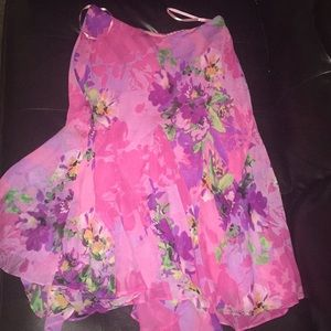 Cache floral skirt size M